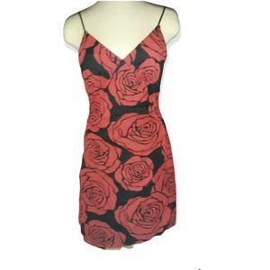 Flirty roses Lipstick asymmetrical hem ruched side dress Med